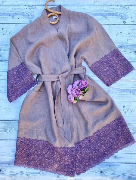 Lina mīkstināts halāts ar mežģīnēm (violet-rozā)